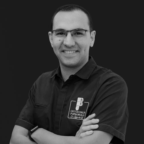 Dr. Alejandro Gil